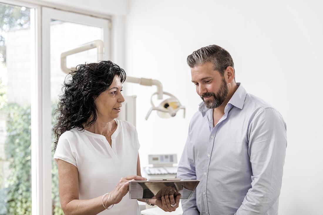 Zahnarzt Viersen - Guen - Beratung in unserer Praxis