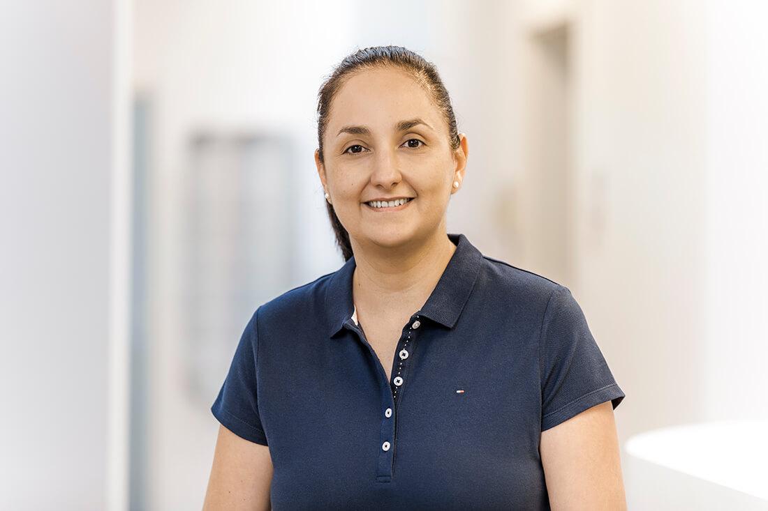 Zahnarzt Viersen - Guen - Team - Frau Dr. Guen